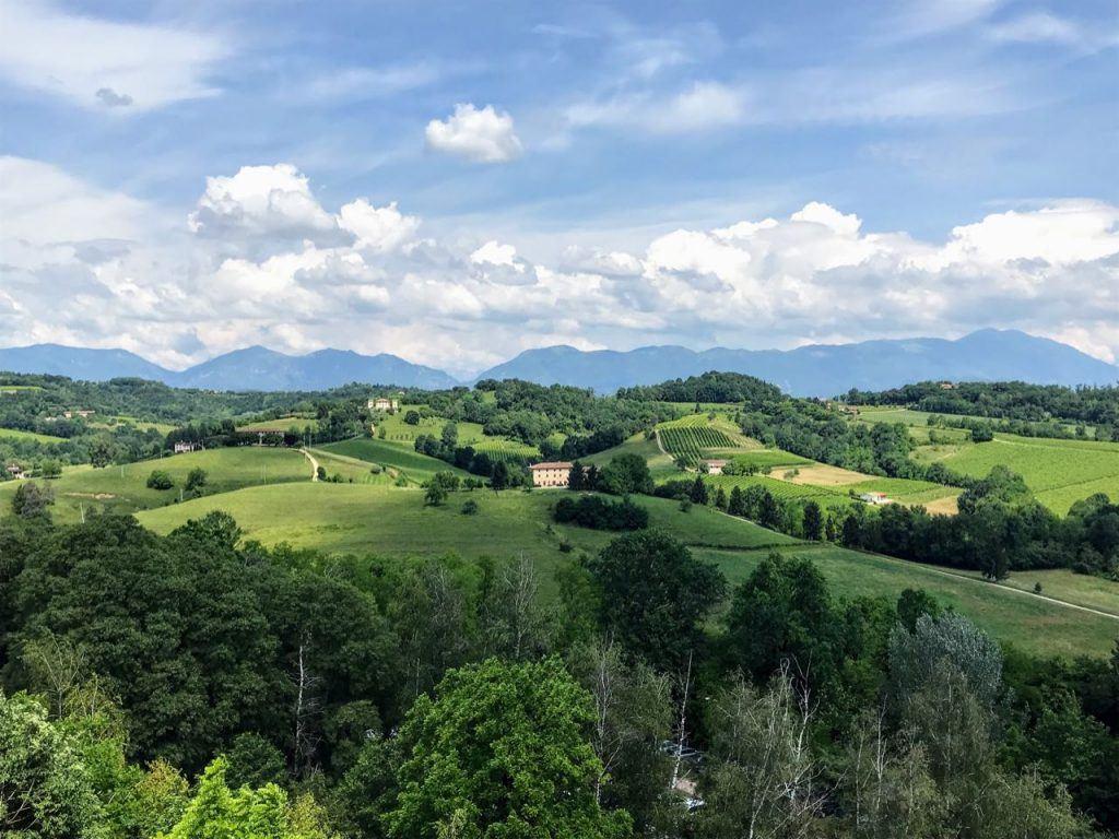 Best Prosecco Festival in Italy Vino in Villa prosecco superior region