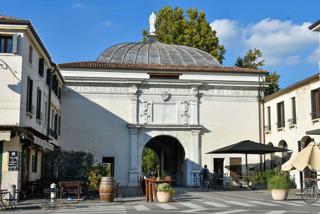 Things to do in Treviso Italy, Treviso old city walls
